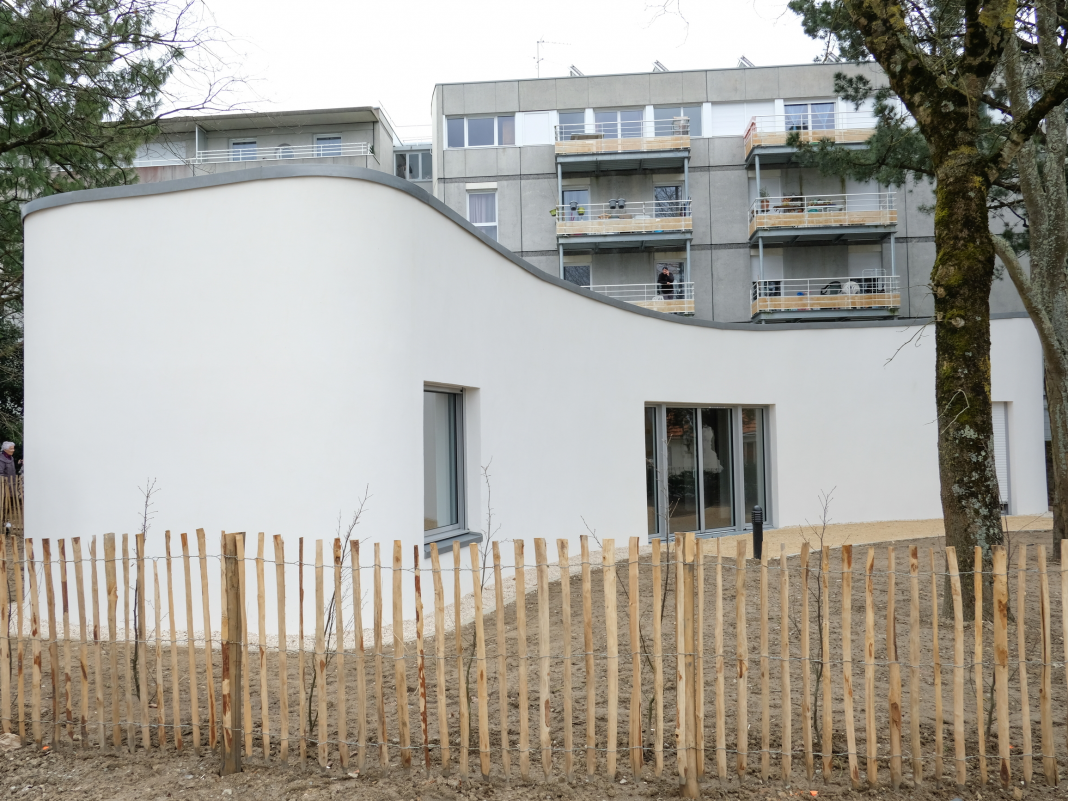 A French household simply ended up being the very first to completely reside in a 3D-printed house– have a look