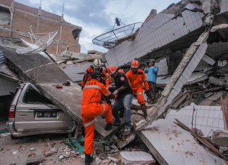 Destruction emerges from fatal Indonesian earthquake: A minimum of 1,200 eliminated, catastrophe firm states early detection system stopped working
