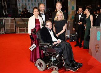Stephen Hawking's 1st Spouse Blasts Biopic 'The Theory of Whatever'