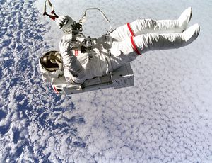 11 awesome pictures of NASA astronauts