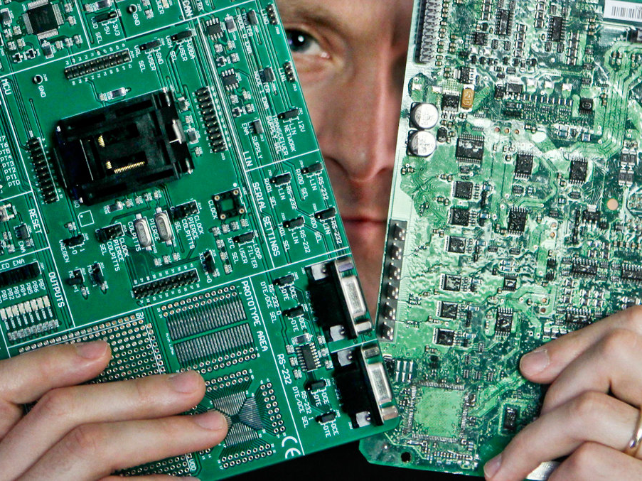 The security neighborhood significantly believes a bombshell Bloomberg report on Chinese chip hacking might be fake (AAPL)