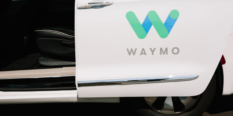 "Report: Former leading Waymo engineer changed code to go on ""prohibited paths"""