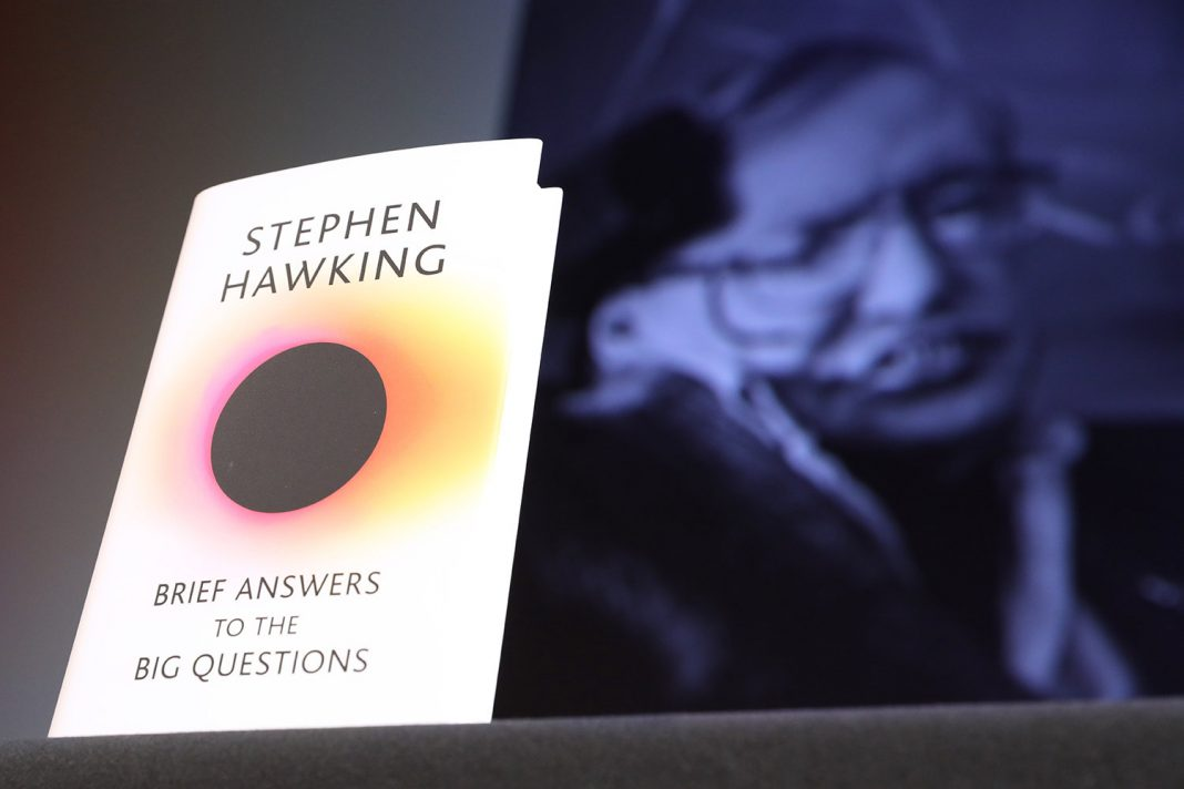 Stephen Hawking's Kid and Associates Talk about Physicist's Last Book, Tradition