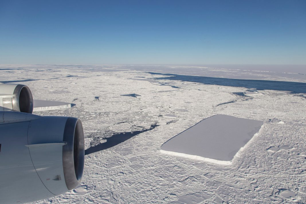 Strange Rectangle-shaped Iceberg in Antarctica Isn't Alone, NASA Photos Program