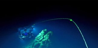 Geological Study Finds Active Volcano 14,000 Feet Under The Sea