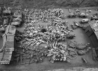 Numerous Tiny Terracotta Warriors Found Guarding 2,100- Year-Old Chinese Website