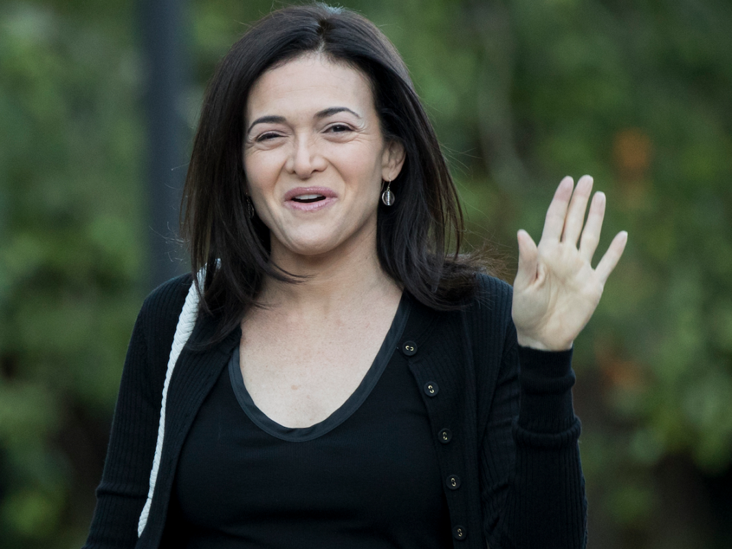 Facebook personnel have actually voiced a 'substantial upswell' of assistance for Sheryl Sandberg after she supposedly feared for her task, states business officer (FB)