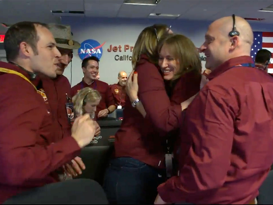 See NASA researchers go crazy after landing a probe on Mars for the very first time in 6 years