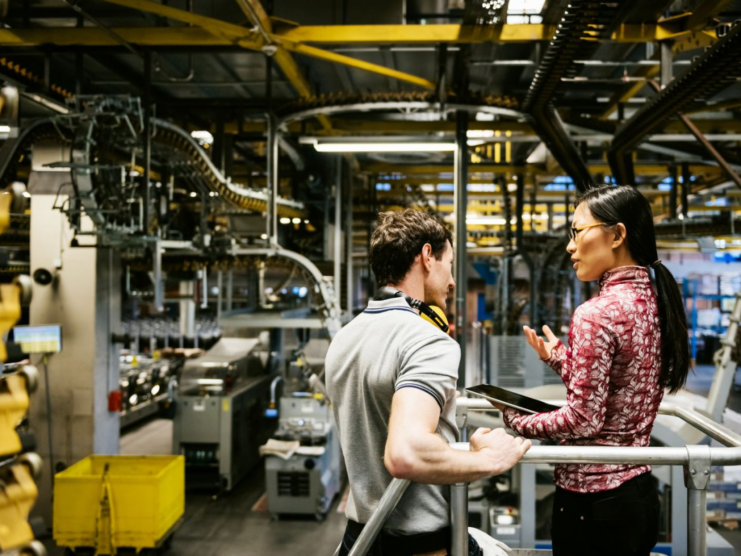 Here's how producing analytics enhance factories, items, and consumer complete satisfaction