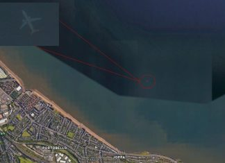 How the 'Ghostly' Picture Of a Sunken Aircraft Injury Up on Google Earth