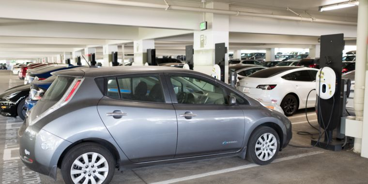 Electric cars and truck market group states Californians have actually now acquired 500,000 EVs