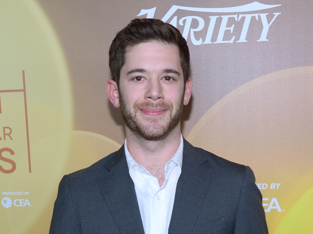 The profession of Colin Kroll, cofounder of Vine and HQ Trivia who has actually passed away at age 34