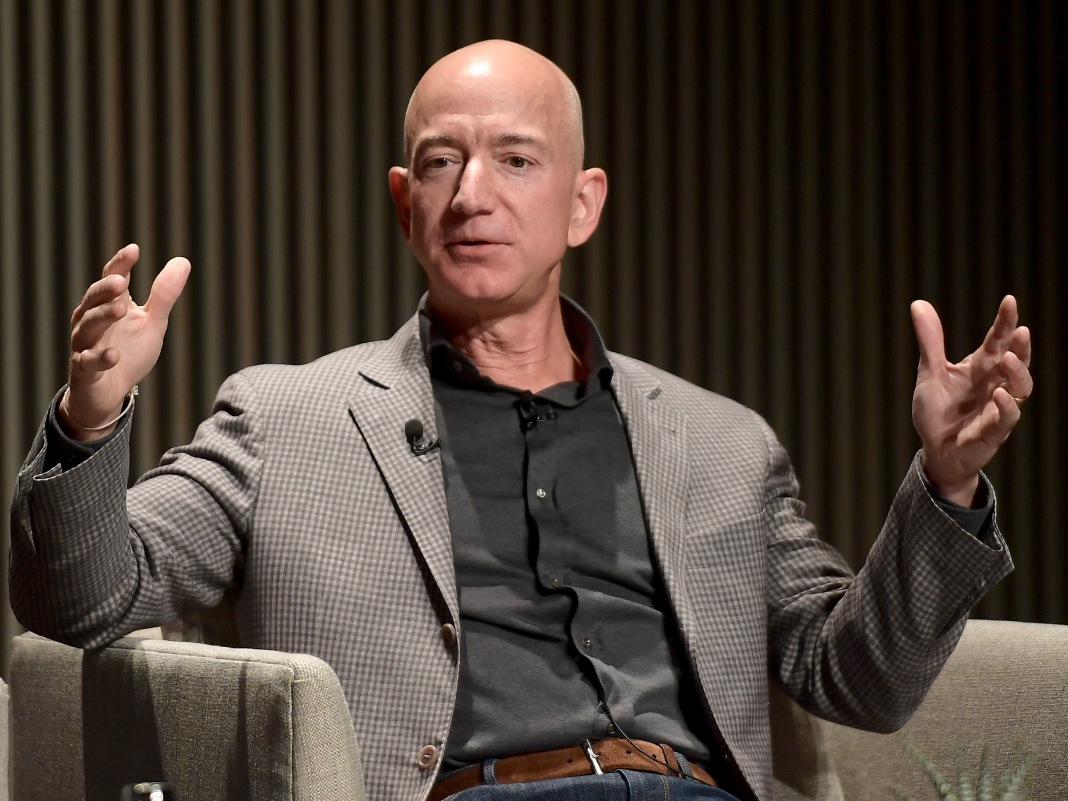 Start-ups are handling Amazon's cloud with a questionable brand-new strategy, however professionals caution it might weaken a core pillar of the software application market (AMZN)