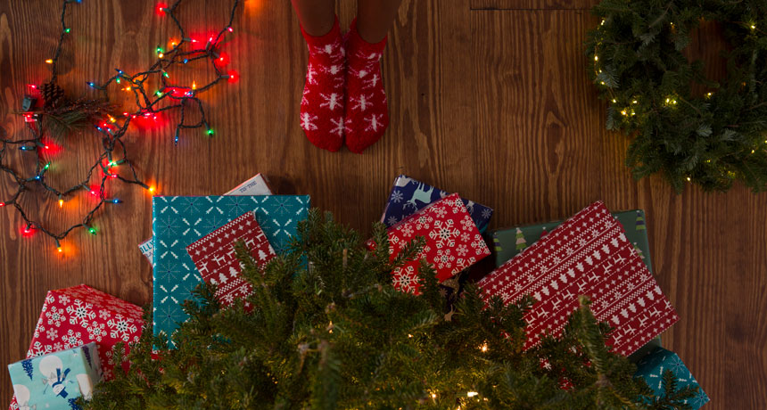How embellishing for Christmas sends out individuals to the ER