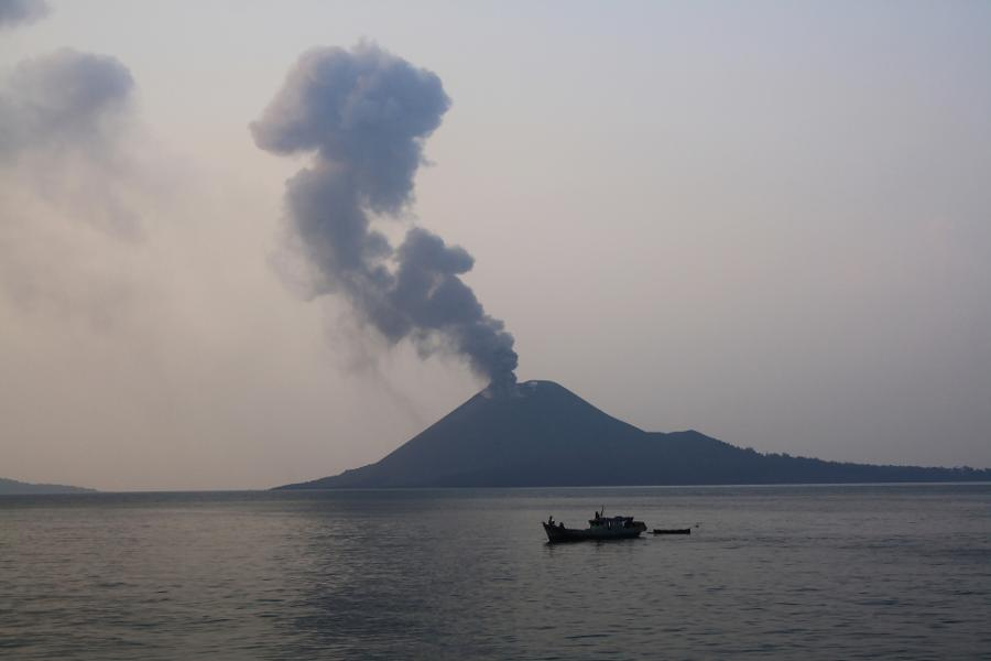 Tsunami Potentially Triggered By Krakatoa Simply Struck Indonesia. Here's What You Required To Know