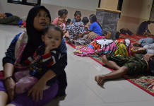 A minimum of 222 individuals are dead and 800 are hurt in Indonesia after a tsunami activated by a volcano