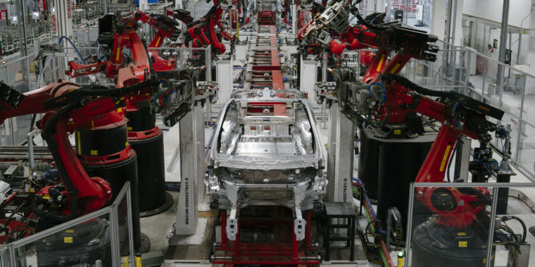 Tesla provided 90,700 cars and trucks in Q4, Wall Street go crazy