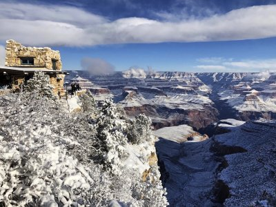 Spectacular images reveal the Arizona desert covered in snow on New Year's Day