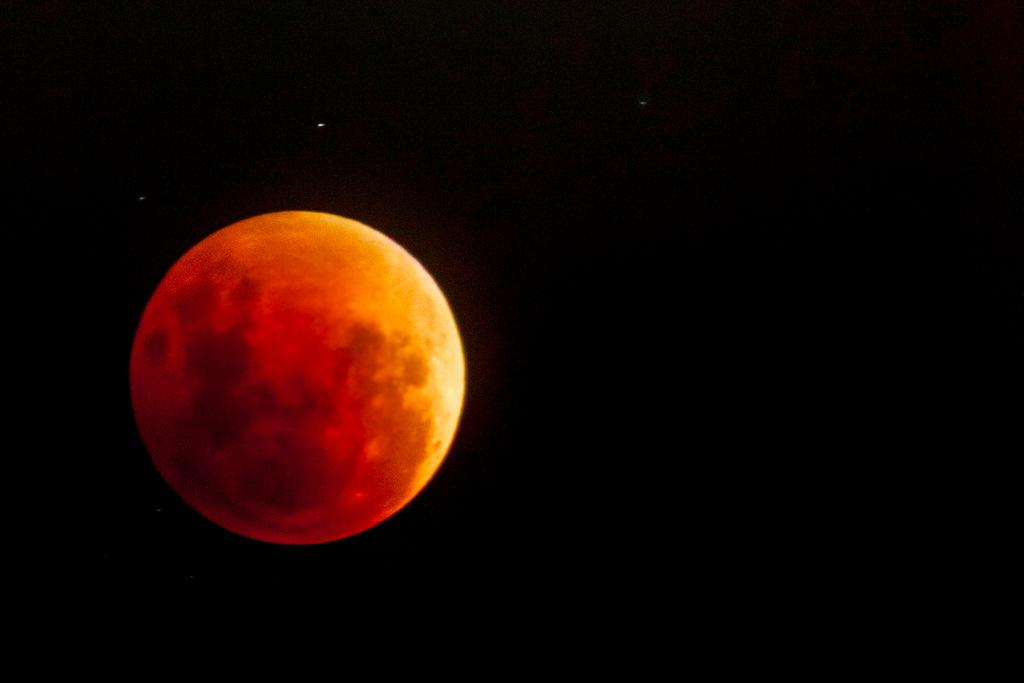 Supermoon Lunar Eclipse To End Up Being The Very First Pan-American Overall Eclipse In 19 Years