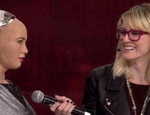 Sophia the Robotic and Little Sophia visit CES 2019 video