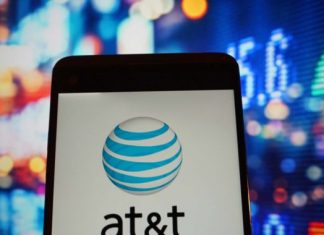 Report: AT&T prepares layoffs regardless of declaring tax cut would produce 7,000 tasks