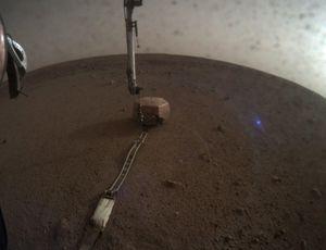 NASA informs Captain Kirk on strange blue light in Mars InSight picture