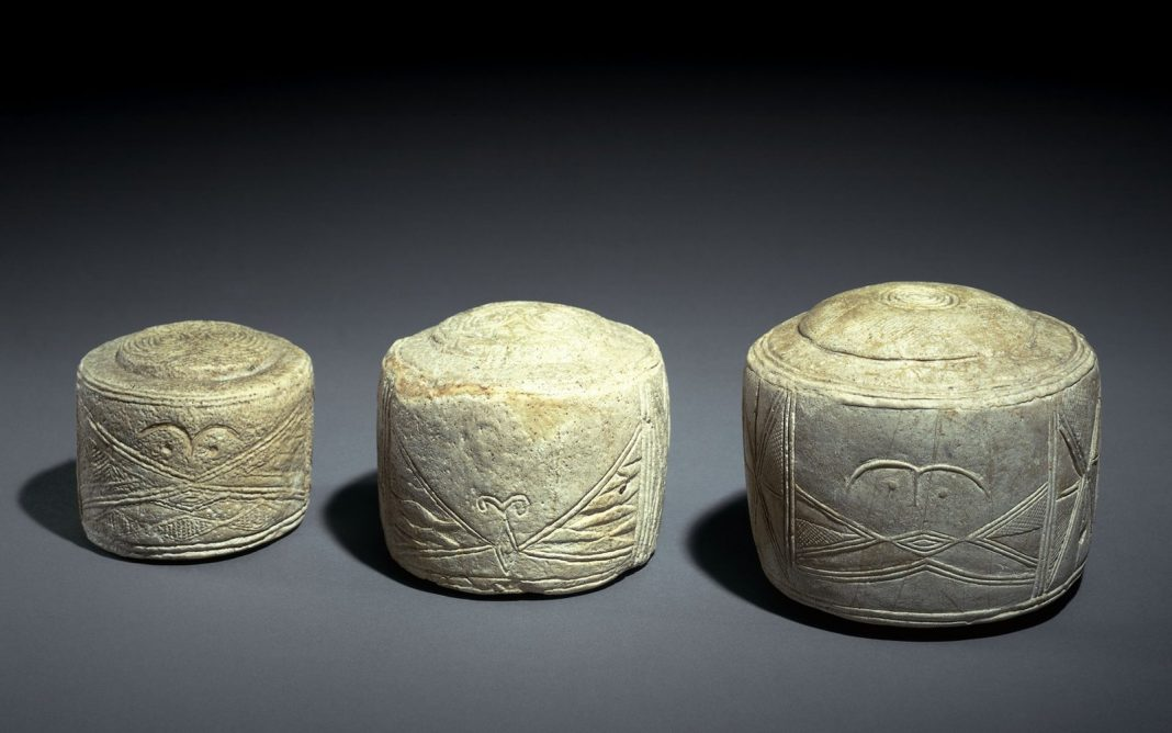 Ancient Sculpted 'Drums' Offer Specific Stonehenge Measurements, State Archaeologists