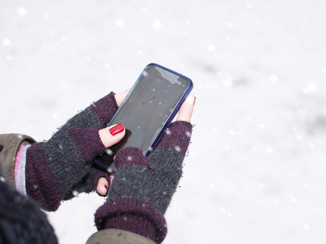 The science behind why your phone closes down when it's cold outside
