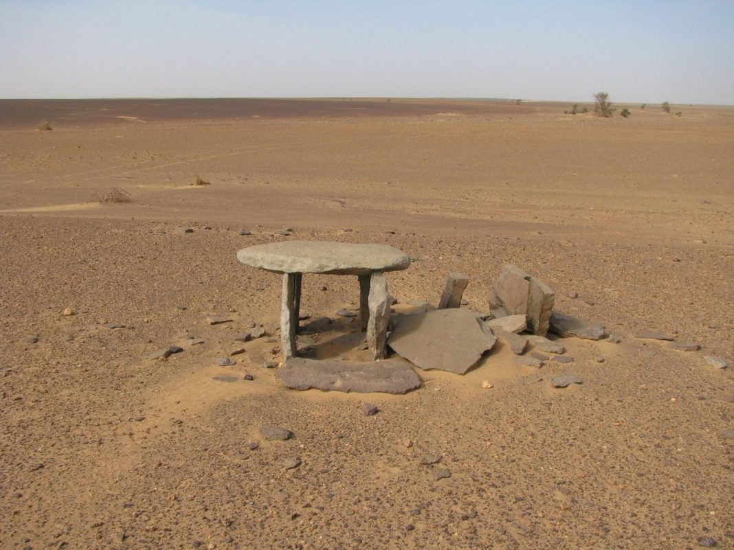In Photos: Mysterious Stone Structures in the Sahara