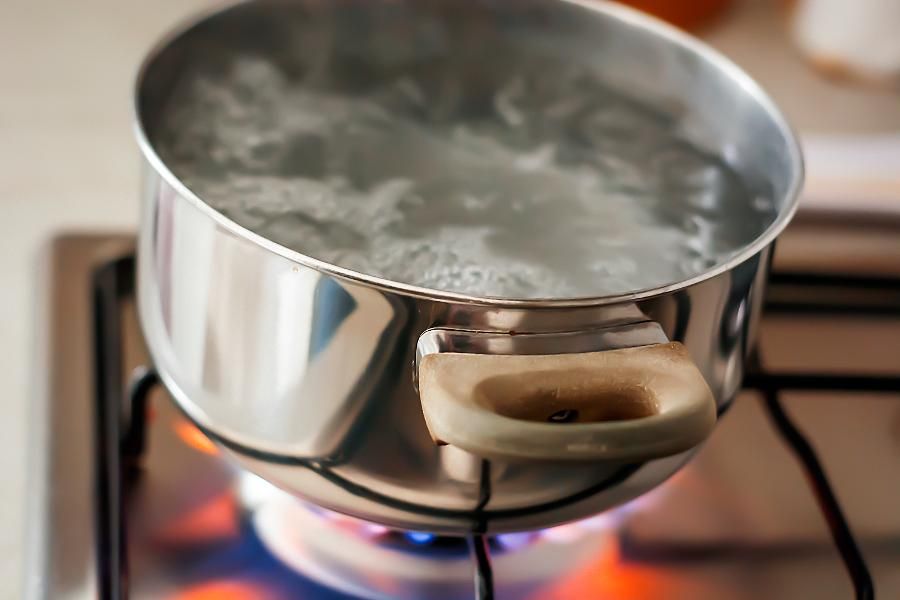 How The 'Boiling Water Difficulty' Can Land You In The Health Center