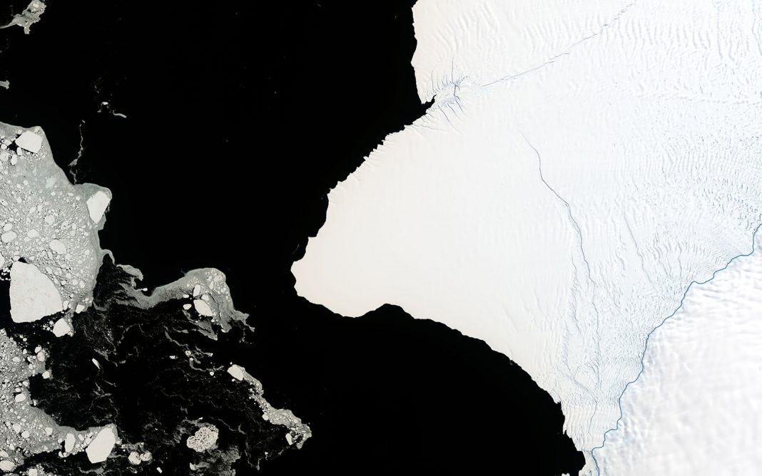 An Iceberg Two Times the Size of New York City Might Quickly Break Off Antarctica