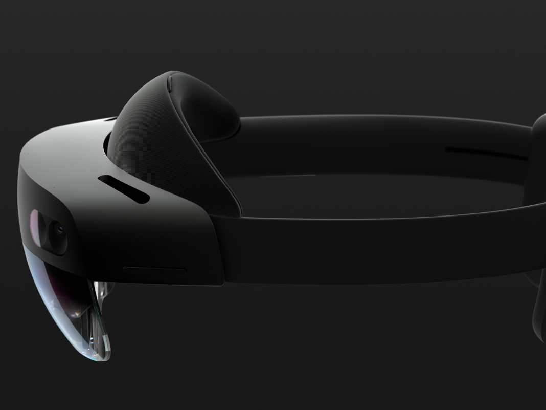 Microsoft exposes the HoloLens 2, its brand-new $3,500 holographic headset that appears to enhance on the initial in every method (MSFT)