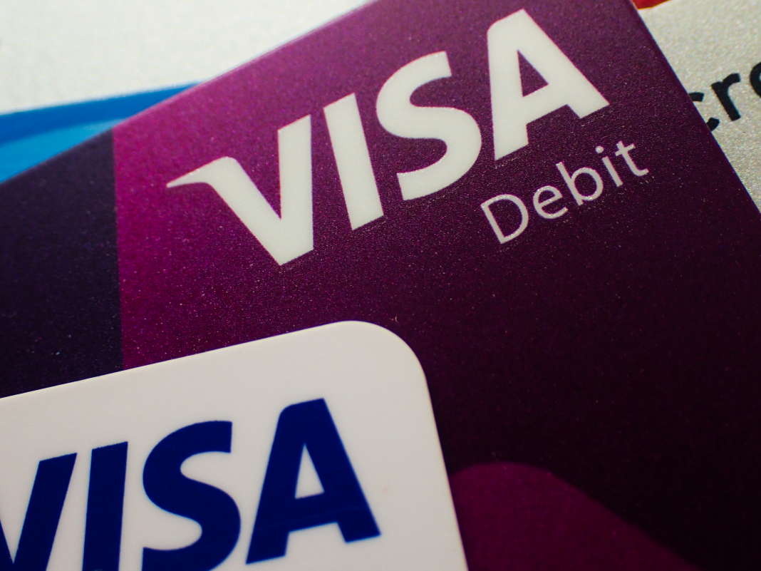 How you can utilize a Visa present card to go shopping on Amazon, regardless of it not being straight accepted