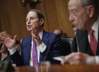 Pharmaceutical Business CEOs Face Barbecuing In Senate Over High Drug Costs