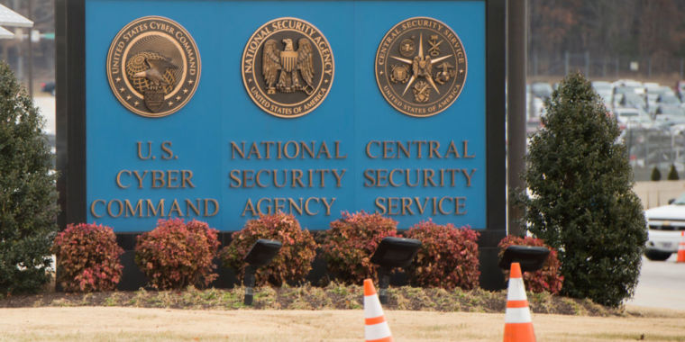 Report: United States Cyber Command took Russian giants offline throughout midterms