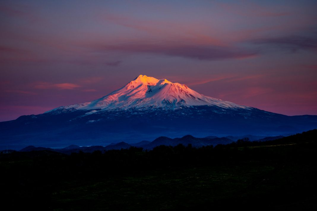 California's Hidden Danger: High-Risk Volcanoes That May Erupt in the Next Years