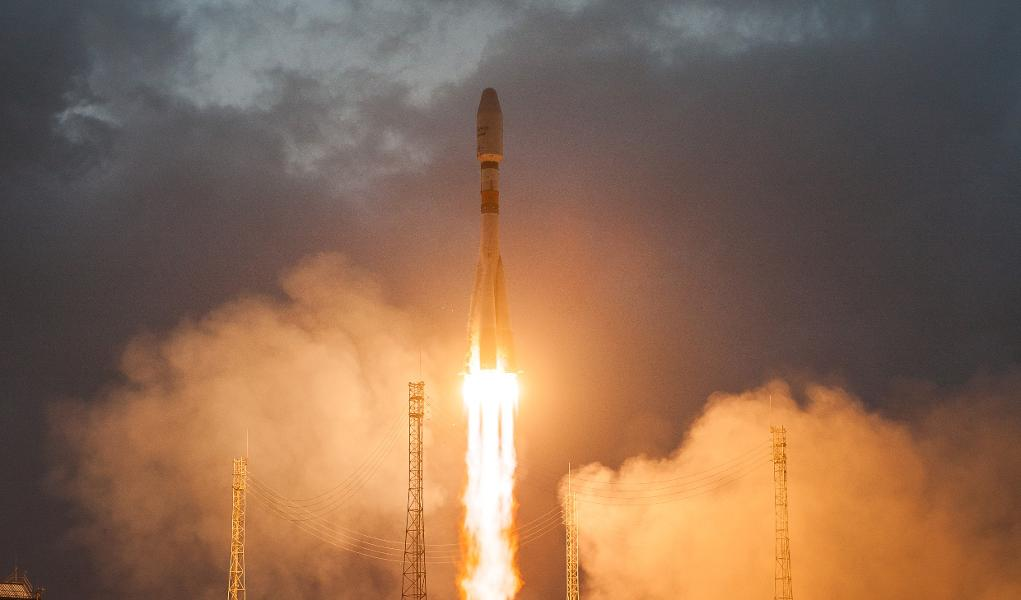 With An Effective Release, OneWeb Simply Signed Up With SpaceX And Others In The Satellite Web Race