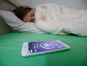 Hopping into mattress with sleep tech? Not so quick