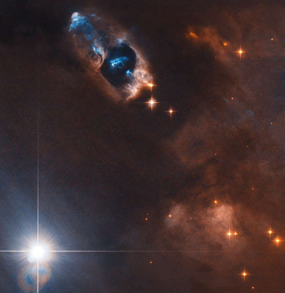 Hubble Spots Gassy Objects Jetting Far From Baby Star