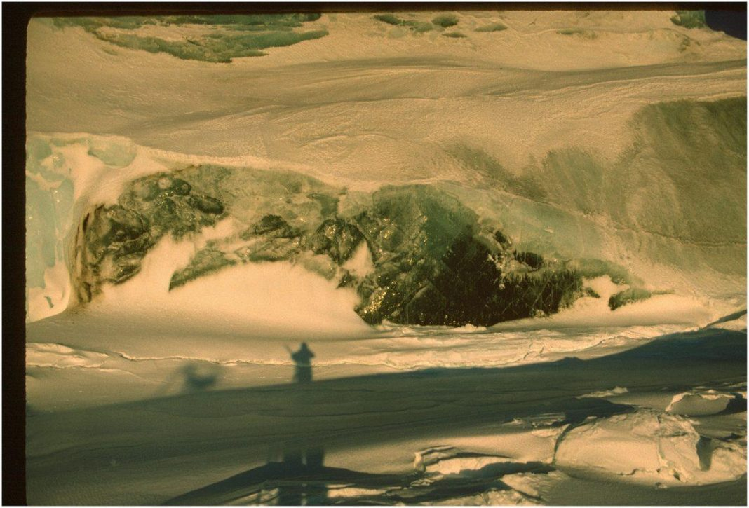 Traces Of Iron Explain Strange Sightings Of Green Icebergs