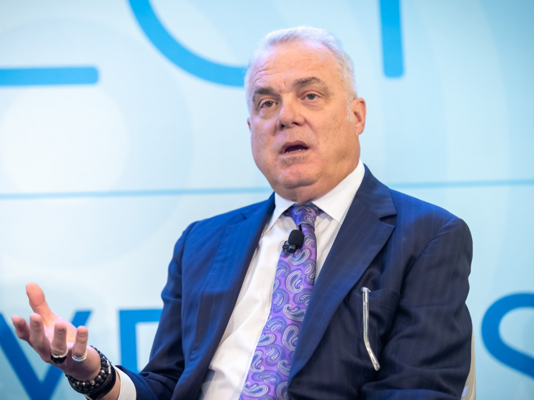 Gazing death in the face taught Aetna's previous CEO how to be a more human leader