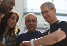 Here's how Apple might utilize the Apple Watch to get into an entire brand-new market for itself with health care (AAPL)