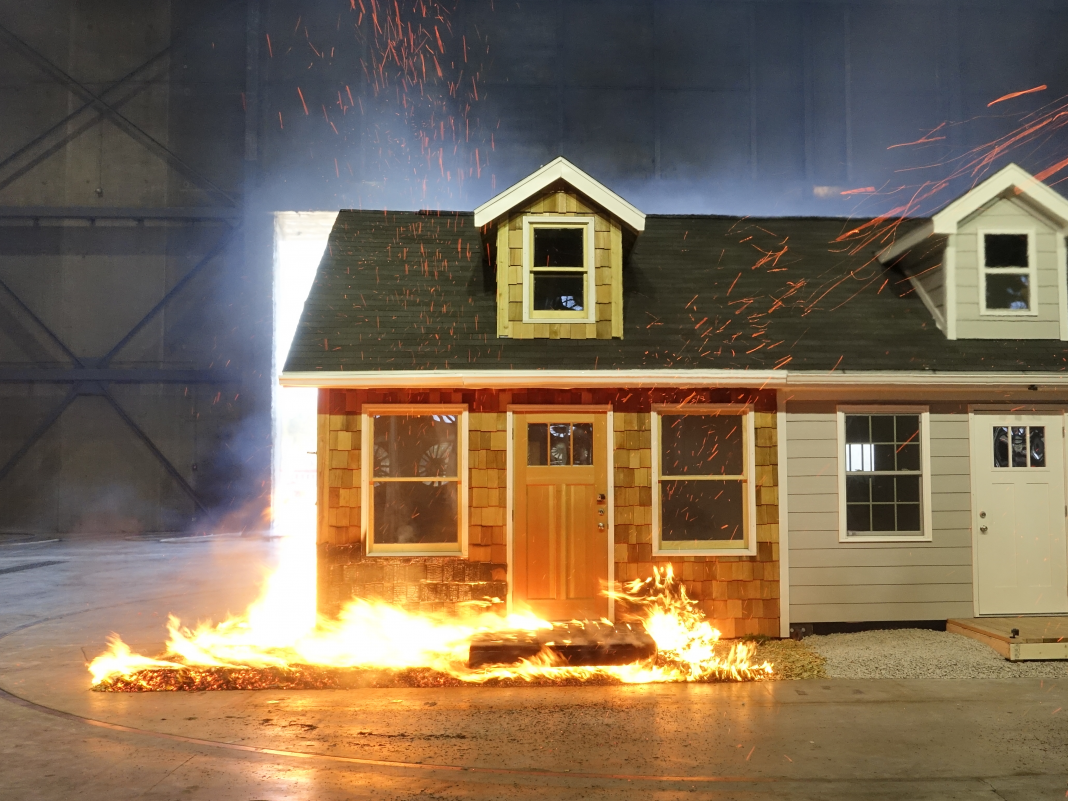 Scientist set 2 houses on fire, however just one endured the flames. Here's what it requires to construct a fireproof house.