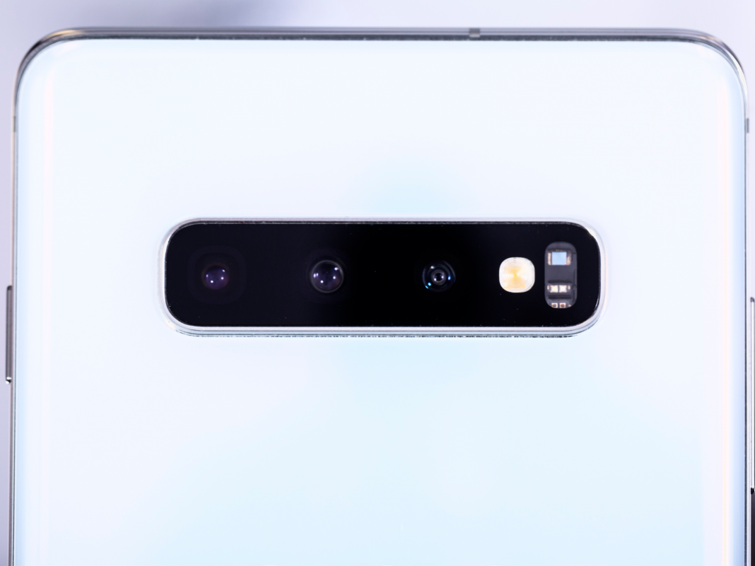 Samsung's additional 'ultrawide' video camera lens makes the Galaxy S10 stand apart from all the other mobile phones that currently take terrific images