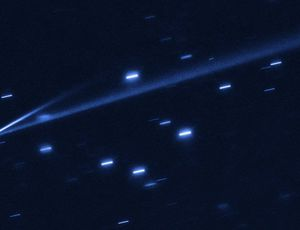 NASA's Hubble snatches magnificent picture of asteroid splitting up