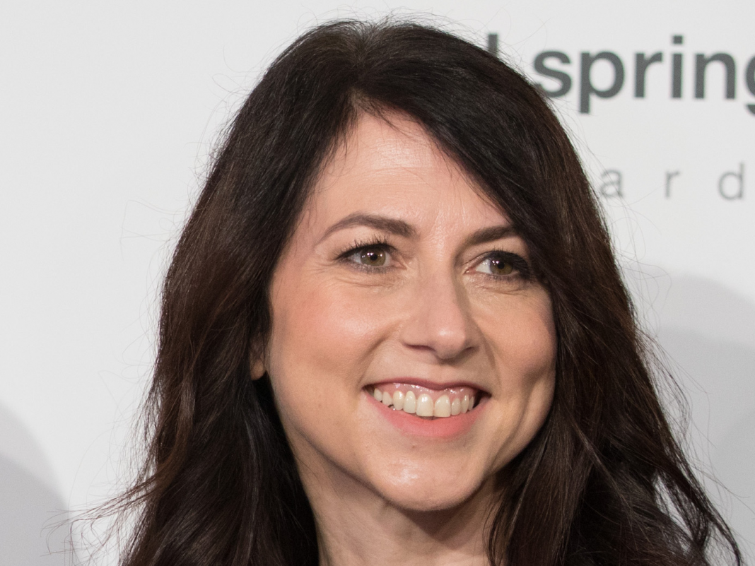 Here's why financiers should not be too concerned about MacKenzie Bezos turning into one of Amazon's biggest private investors (AMZN)