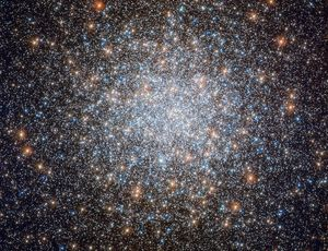Hubble telescope sees half a million stars in one wild area location