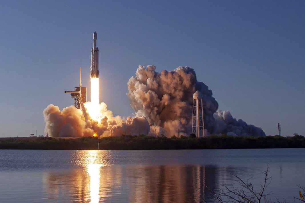 SpaceX Does it Once Again with 2nd Retrieval of Falcon Heavy Rocket