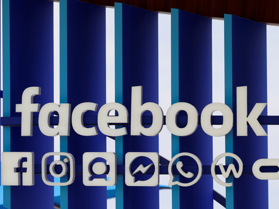 How to alter the language on your Facebook account and news feed