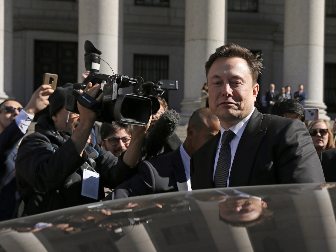 A judge provided Elon Musk and the SEC another week to come to a brand-new contract about how to keep track of the CEO's tweets (TSLA)